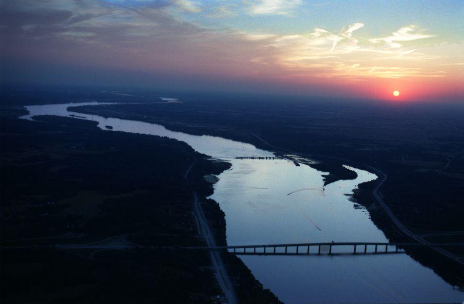 Mississippi river near Davenport, IA.   Usa travel ...