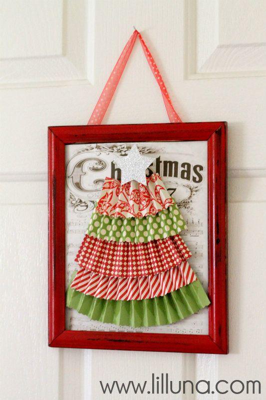 Christmas Frame Wreath Tutorial | Christmas | Pinterest | Frame ...