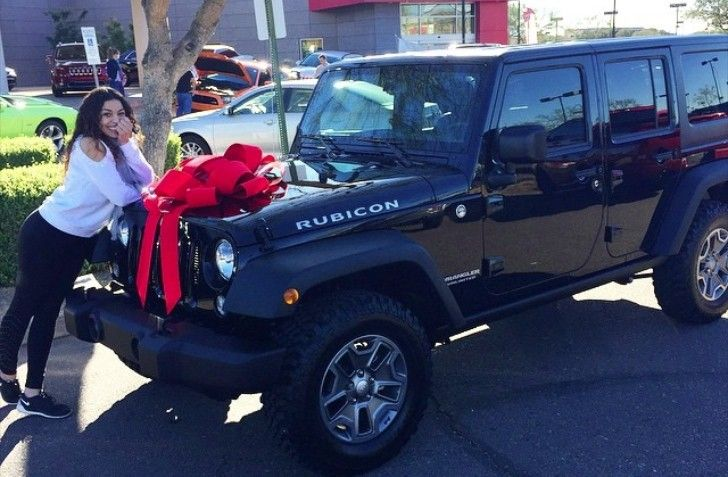 jordin-sparks-buys-herself-new-jeep-wrangler-rubicon-90609-7
