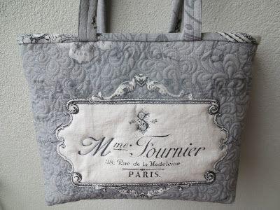 Käsin ja koneella: Vihdoinkin siis laukku on valmis,kangashan on ost...
