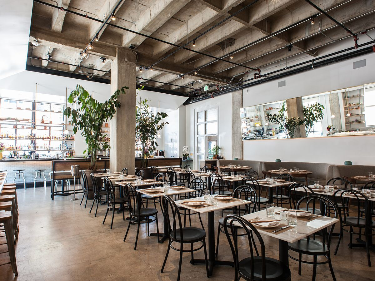 The 16 Best Restaurants To Try In Santa Monica Los Angeles Restaurants Restaurant Santa Monica Restaurants