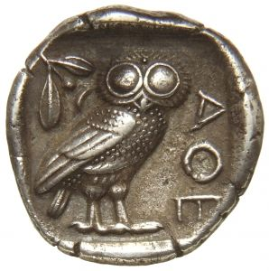 Tetradracma - argento - Atene (440-420 a.C.) - verso: civetta in piedi volta a destra, ramo di ulivo con foglie e frutto - Münzkabinett der Staatlichen Museen Berlin