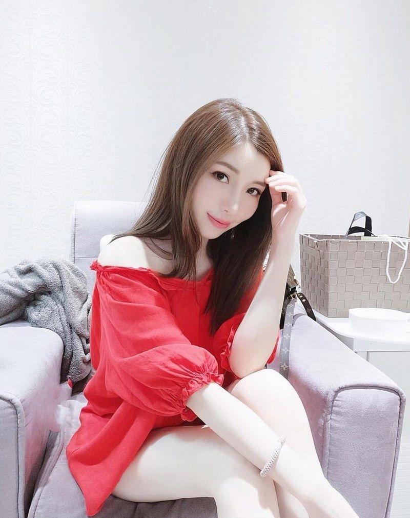 Asian girl Full Body to Body Massage Abu Dhabi