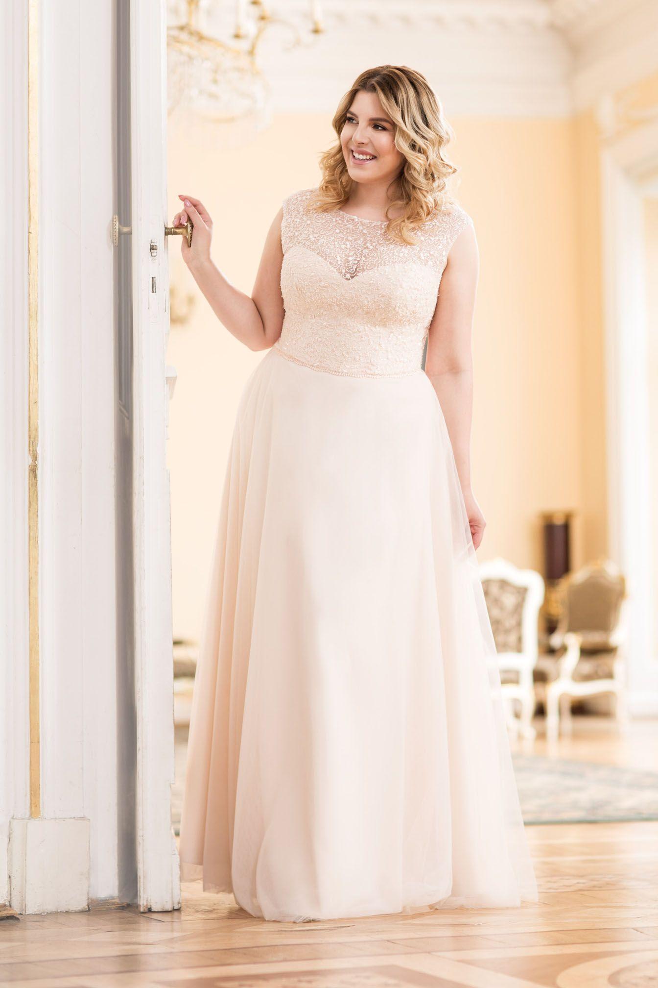 Große Größen Brautmode von Mode der Pol bei Boesckens in ...
