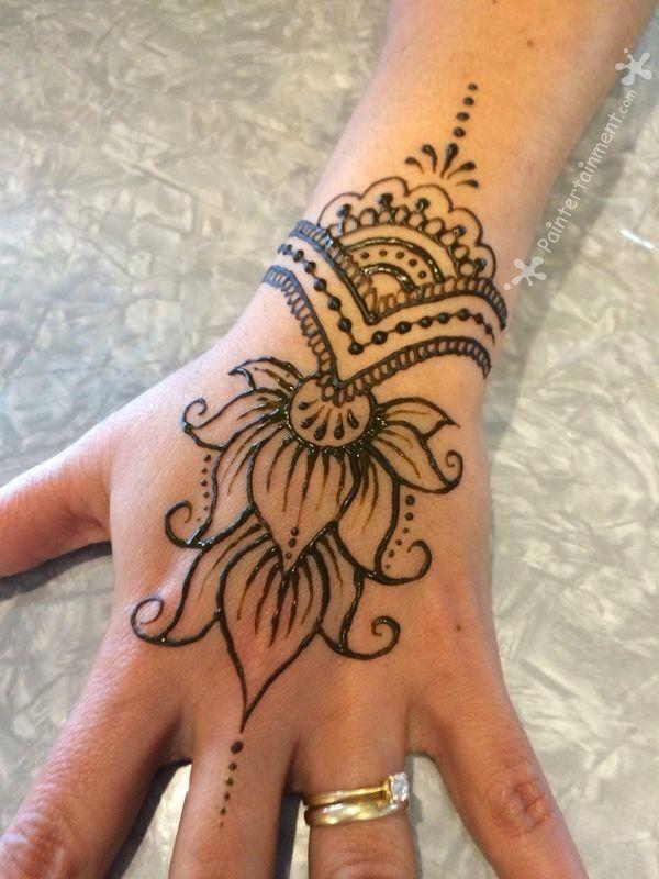 Red Henna Tattoo: Henna Tattoo Designs, Henna, Henna