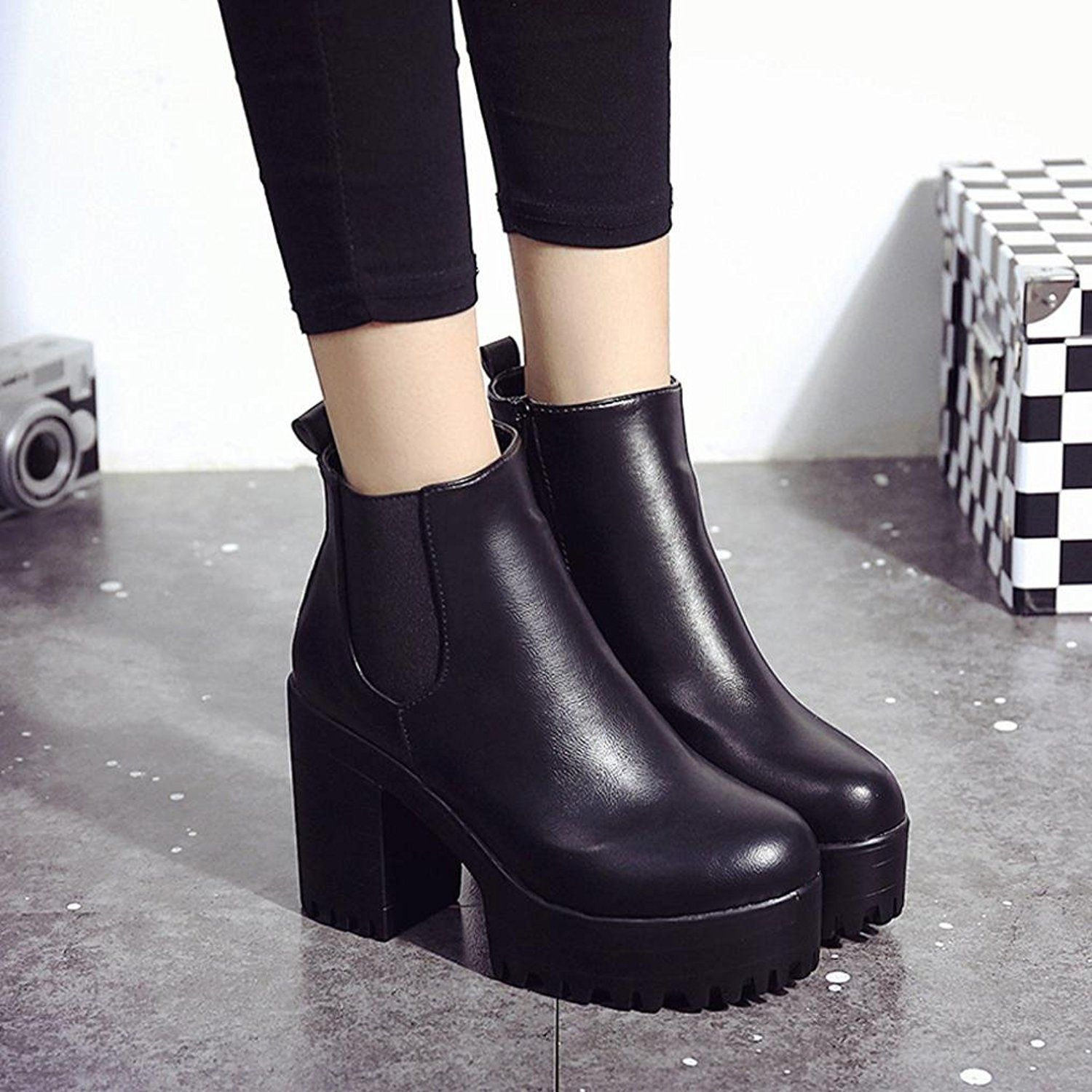 Women's Casual Round Toe Mid Chunky Heels Side Zip Up Short Bikers Ankle Boots