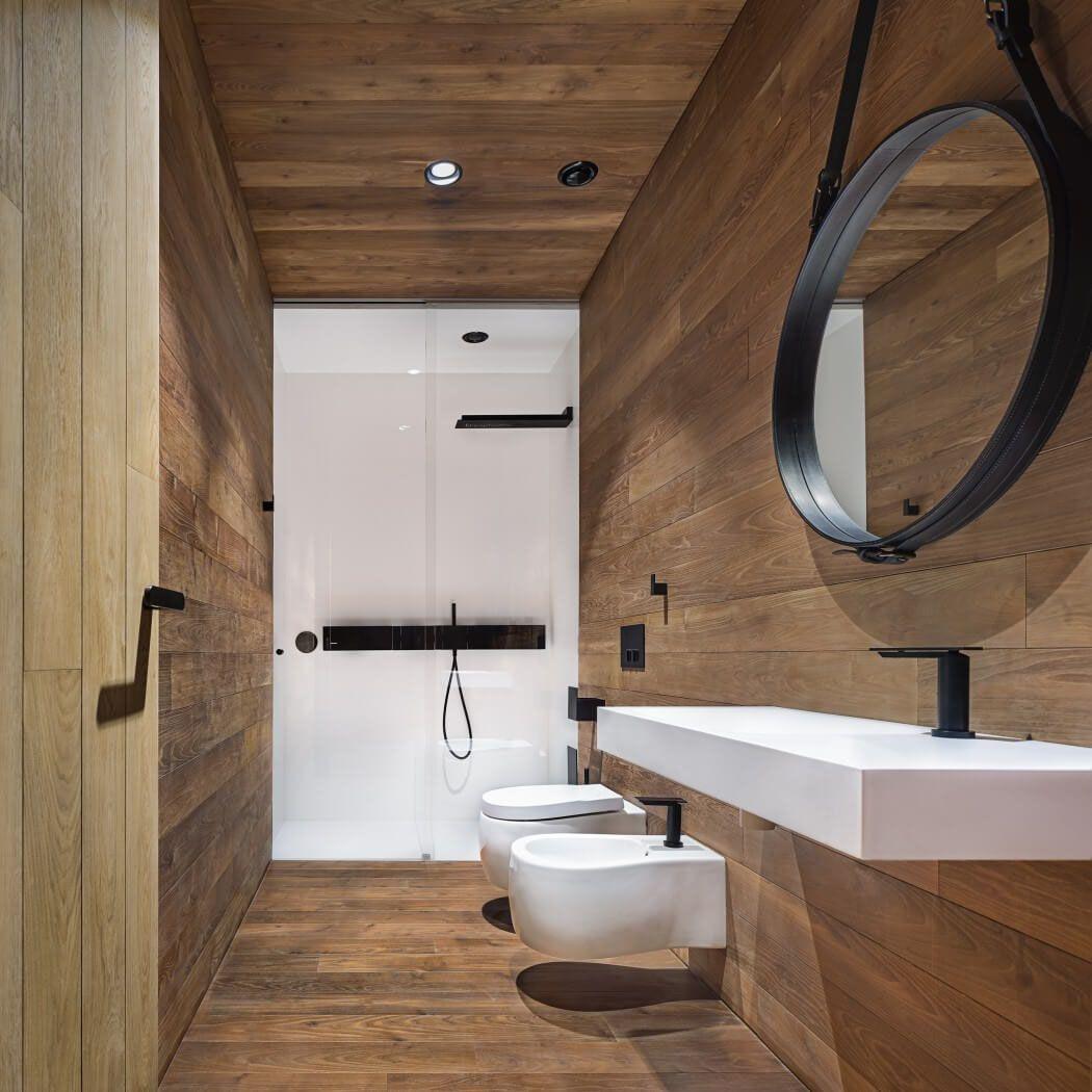 Salle d'eau noir et bois