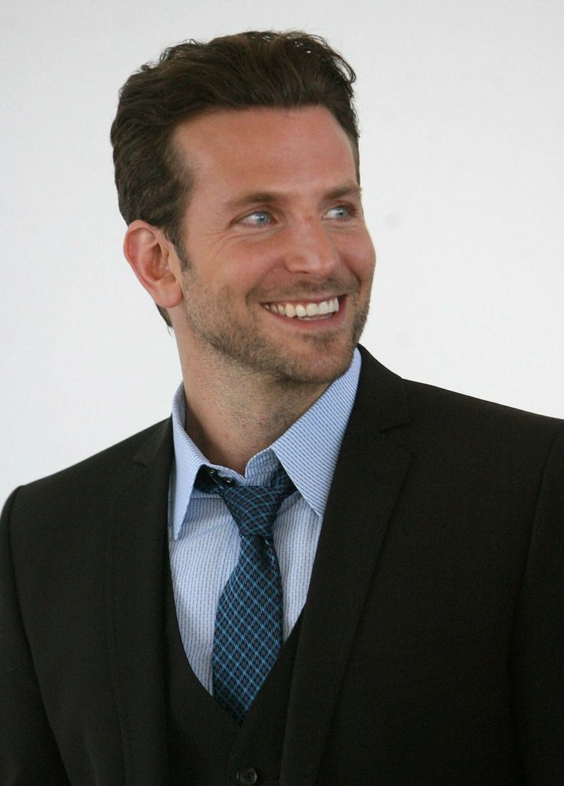 Men Celebrity Blue Eyes Suit Men Celebrity Actors Bradley Cooper Faces Guys Bradley Cooper Celebrities Actor