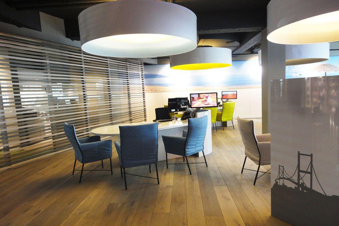 Reisbureau effting shop travel agency 39 s pinterest for Travel agency interior design ideas