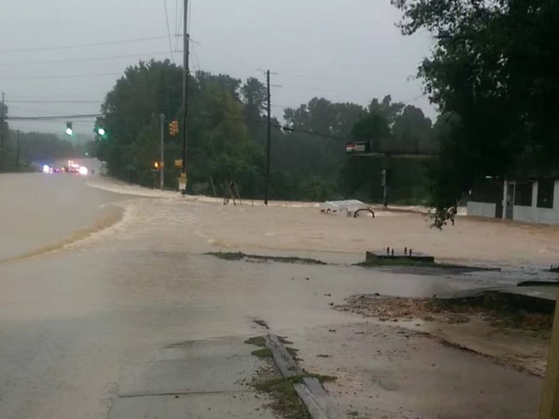 This is Monticello Rd and I-20. The flooding water