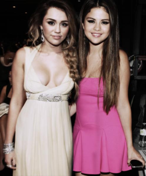 Miley & Selena