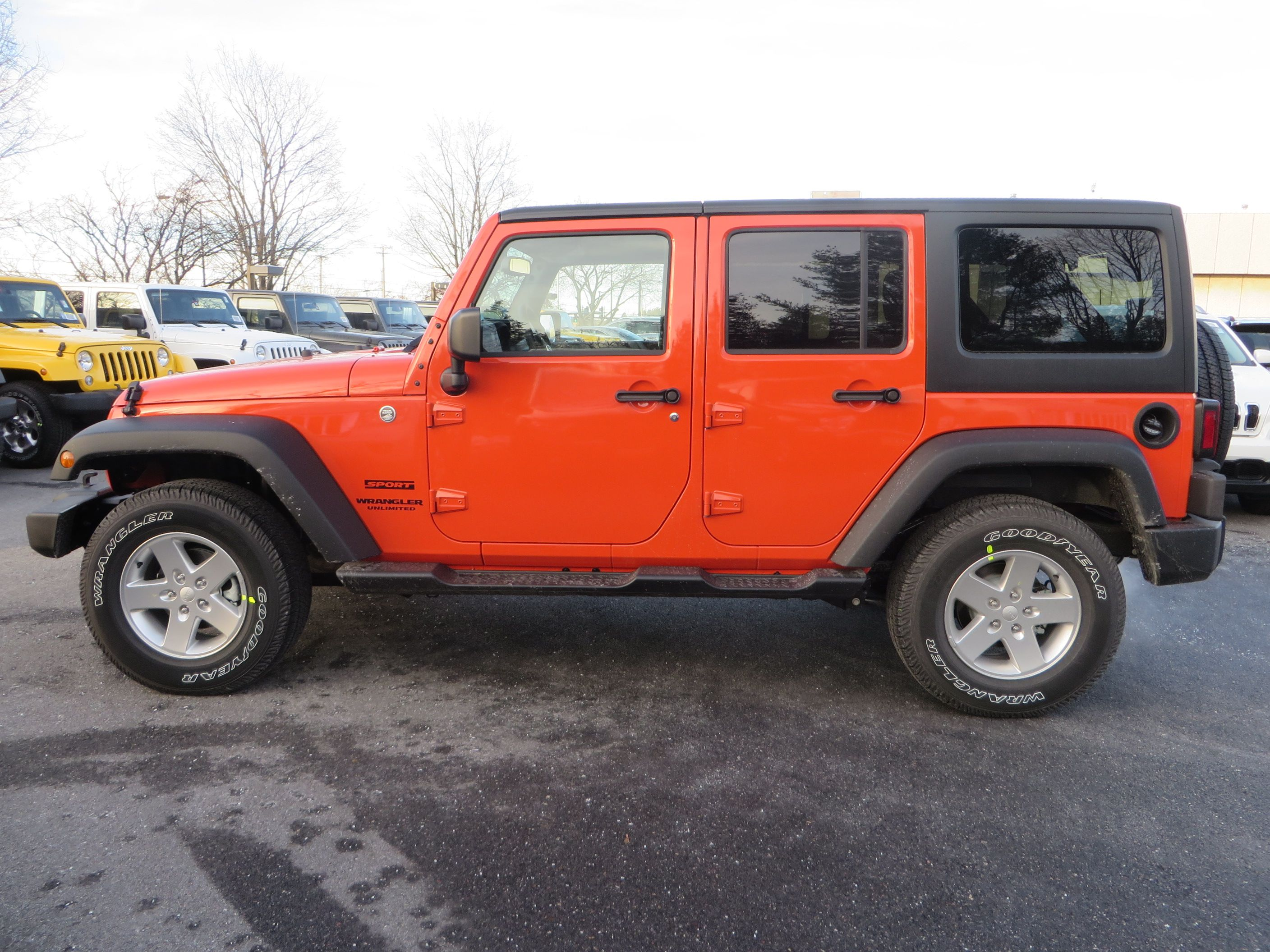 2015 Jeep Wrangler Unlimited In Sunset Orange 2015 Jeep Wrangler