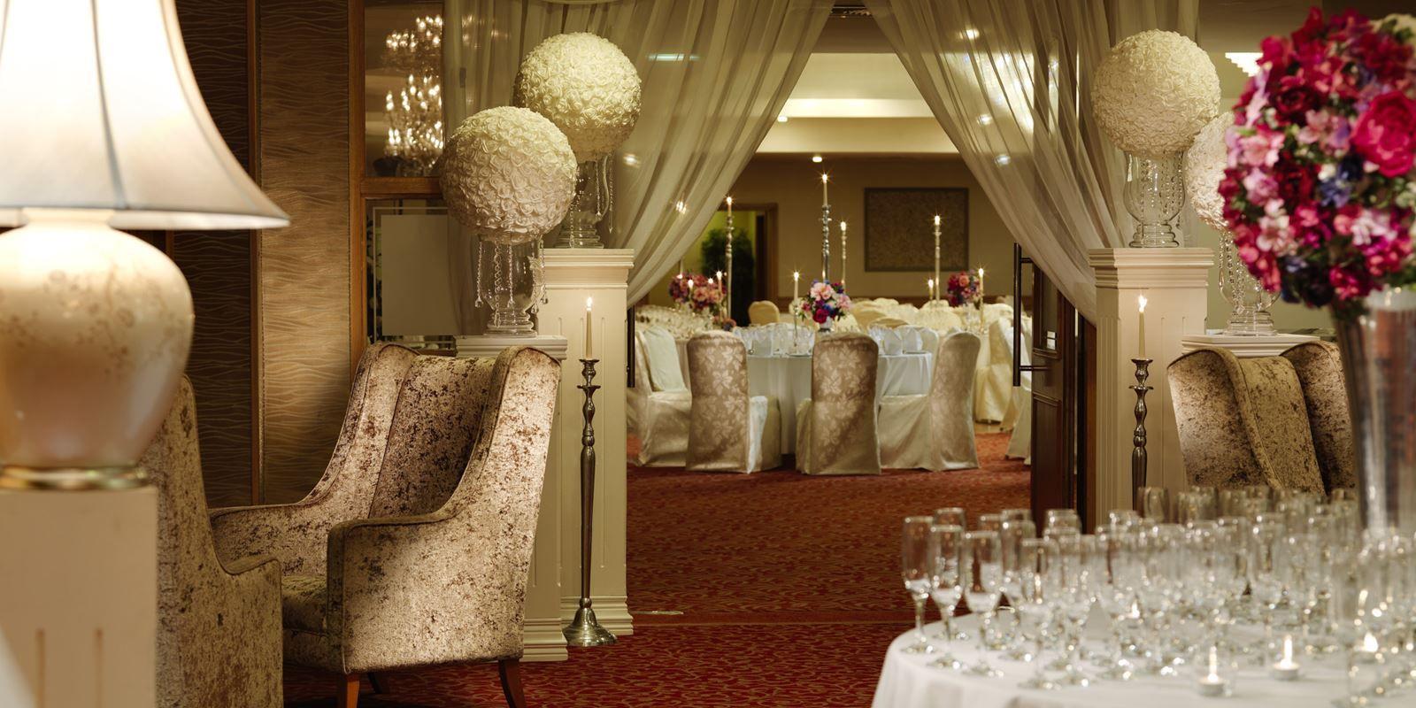 Gorgeous weddingdecor at killyhevlin lakeside hotel in enniskillen gorgeous weddingdecor at killyhevlin lakeside hotel in enniskillen junglespirit Image collections