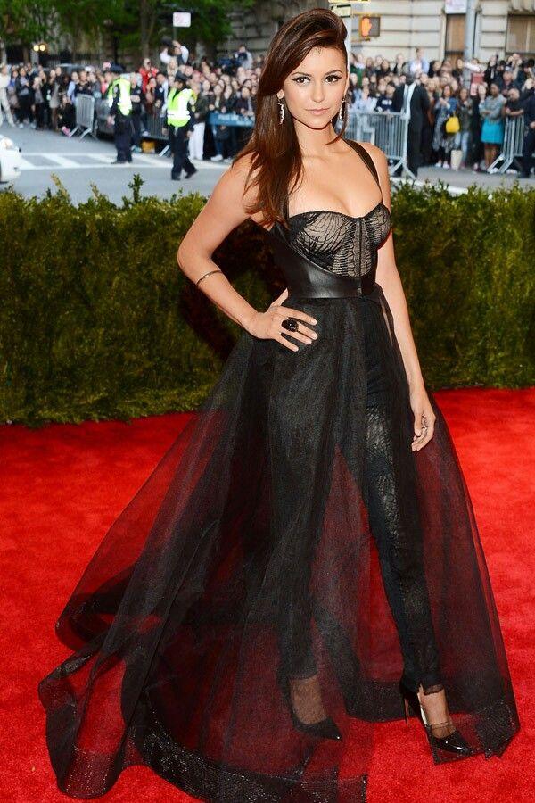 Nina Dobrev | Fashion, Nina dobrev style, Red carpet fashion