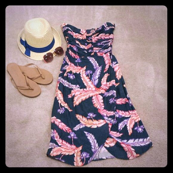 Blue dress with pink and purple feather Knee length no size on tag. Looks like xs. Super cute Dresses Midi