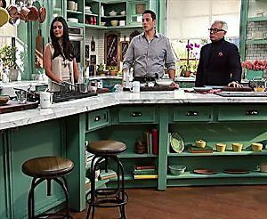 Photo of Geoffrey Zakarian shows how to make the perfect Herb-Roasted Beef Rib Eye with R…