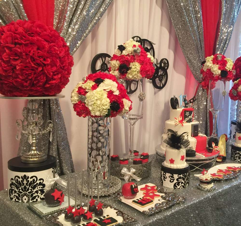 Hollywood quincea era party ideas hollywood theme sweet for Hollywood party dekoration
