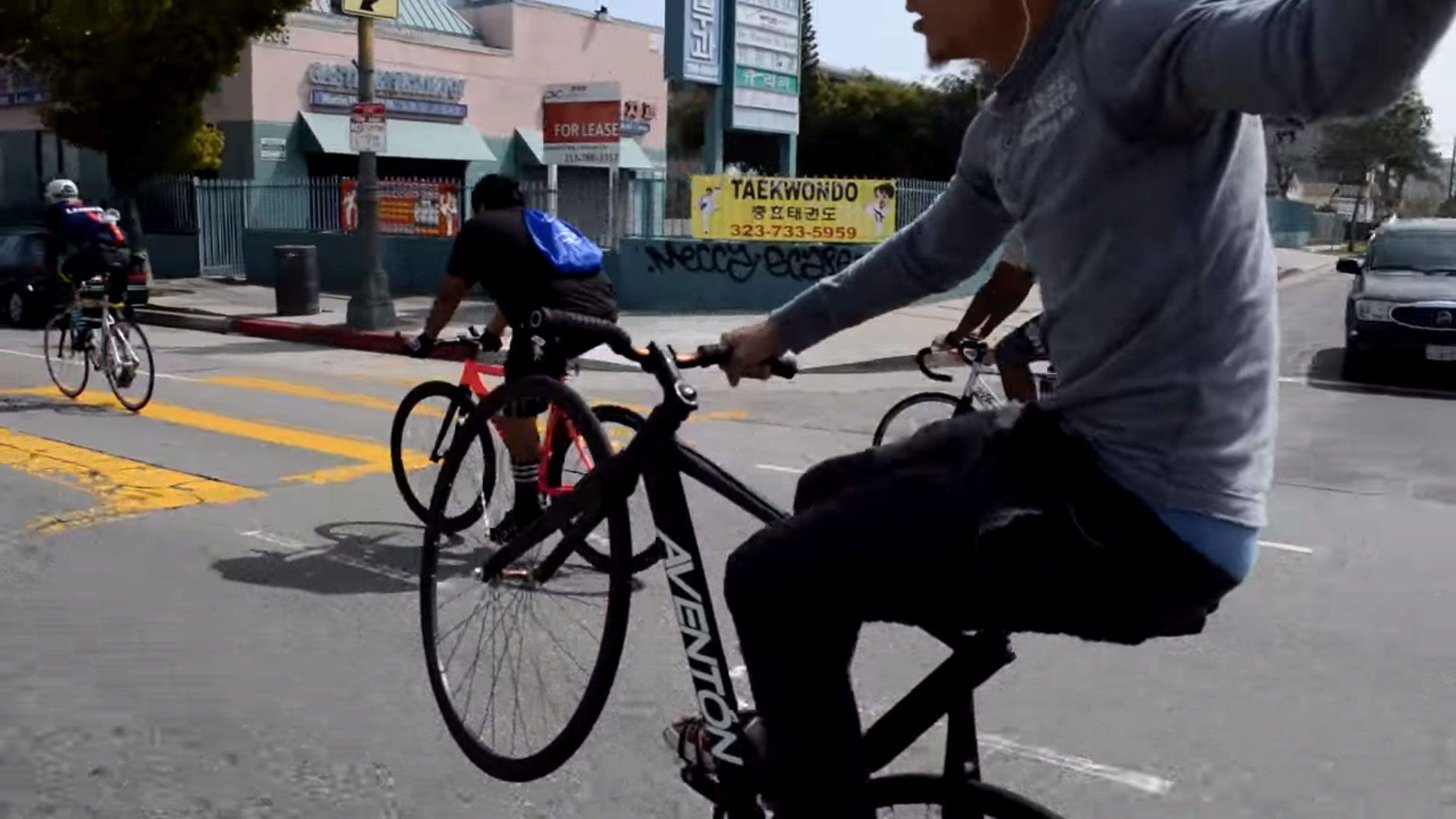 Nouvelle vidéo urbaine N.W.F. Fixie Goons DTLA | Fixie Singlespeed, infos vélo fixie, pignon fixe, singlespeed.