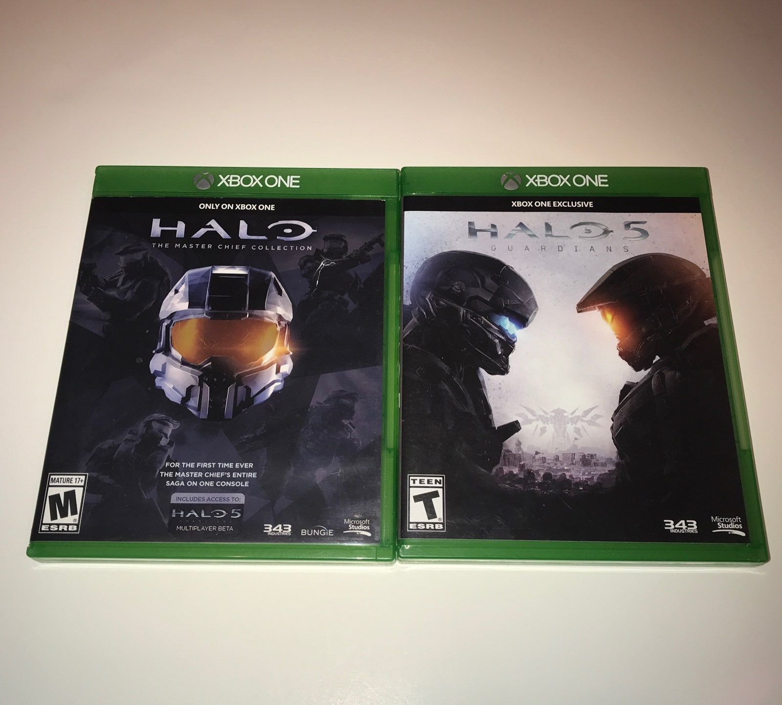 Includes 2 Discs Halo The Master Chief Collection Halo 5