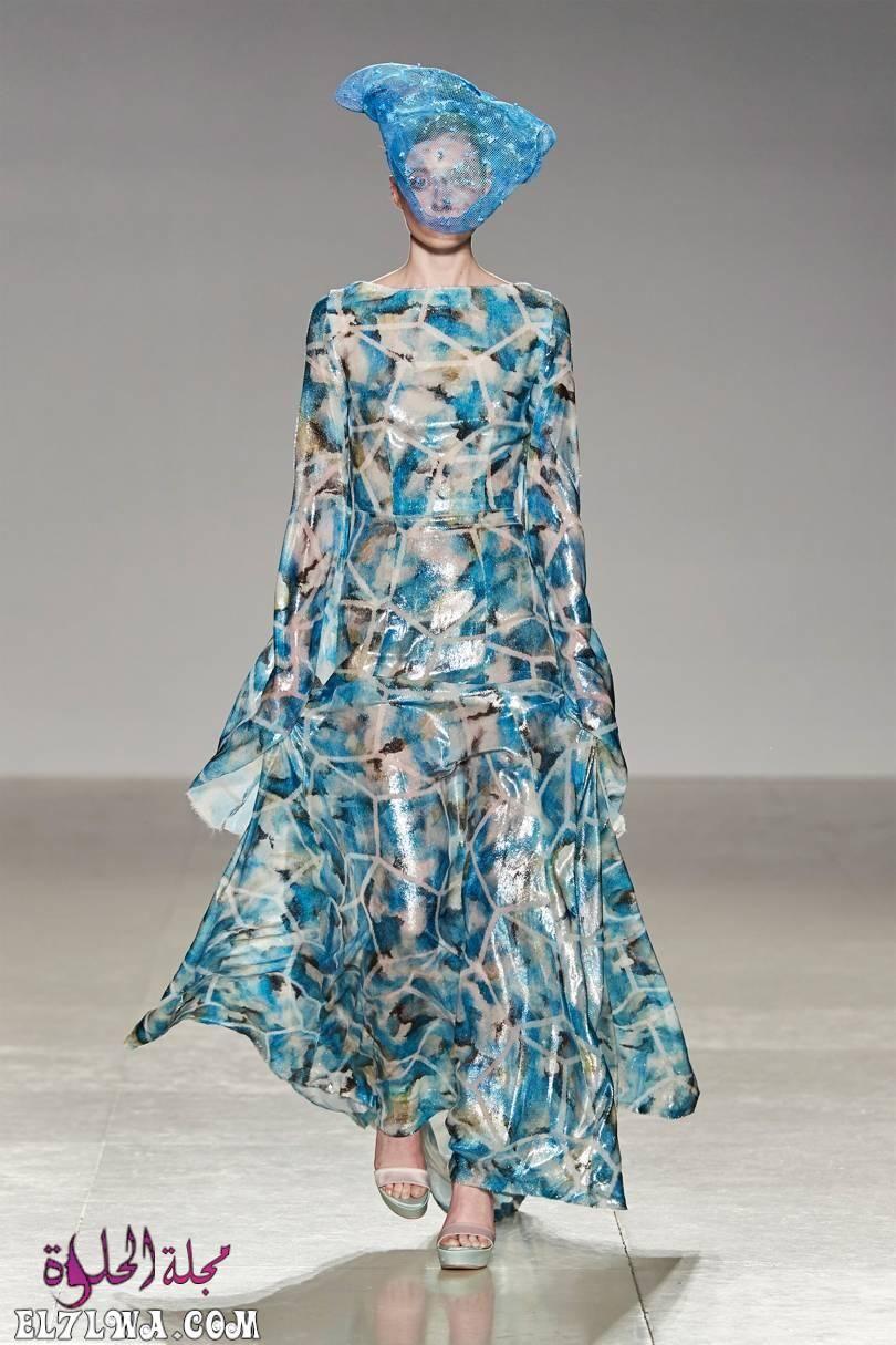 فساتين سواريه بسيطه وشيك للمحجبات موضة 2021 جمعنا لكم من خلال خبراء الأزياء في مجلة الحلوة مجموعة من Chic Evening Dress Couture Fashion Haute Couture Fashion
