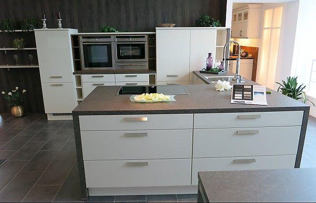 Nobilia-Musterküche Magnolie Hochglanz Lack Ausstellungsküche in - küche hochglanz grau