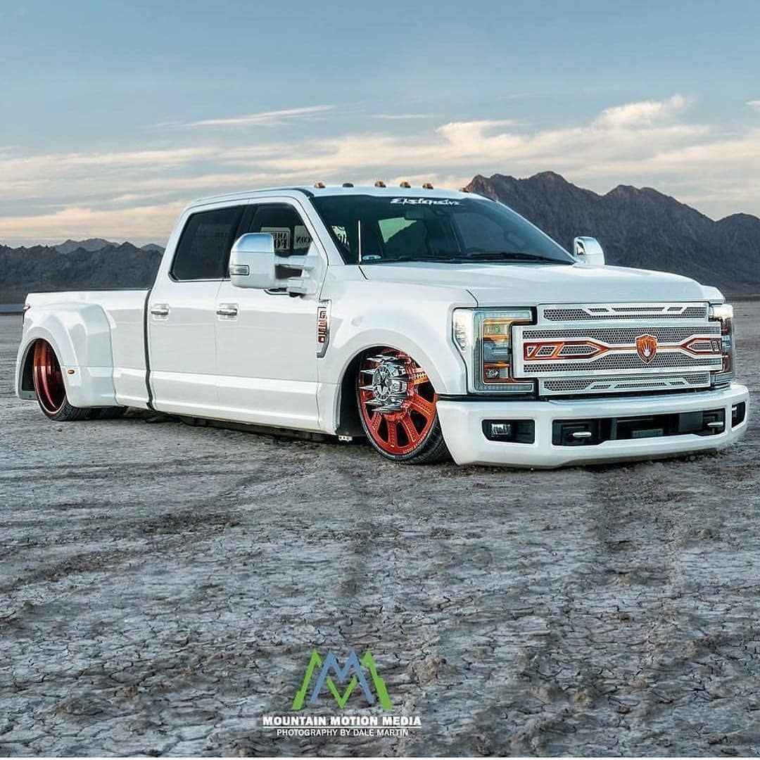 Ford F350 Crew Cab Dually For Those Who Missed The Pilot Show For The New Series Texas Metal On Velocity Motortrend By Ekste Metal Ford F350 Custom Trucks