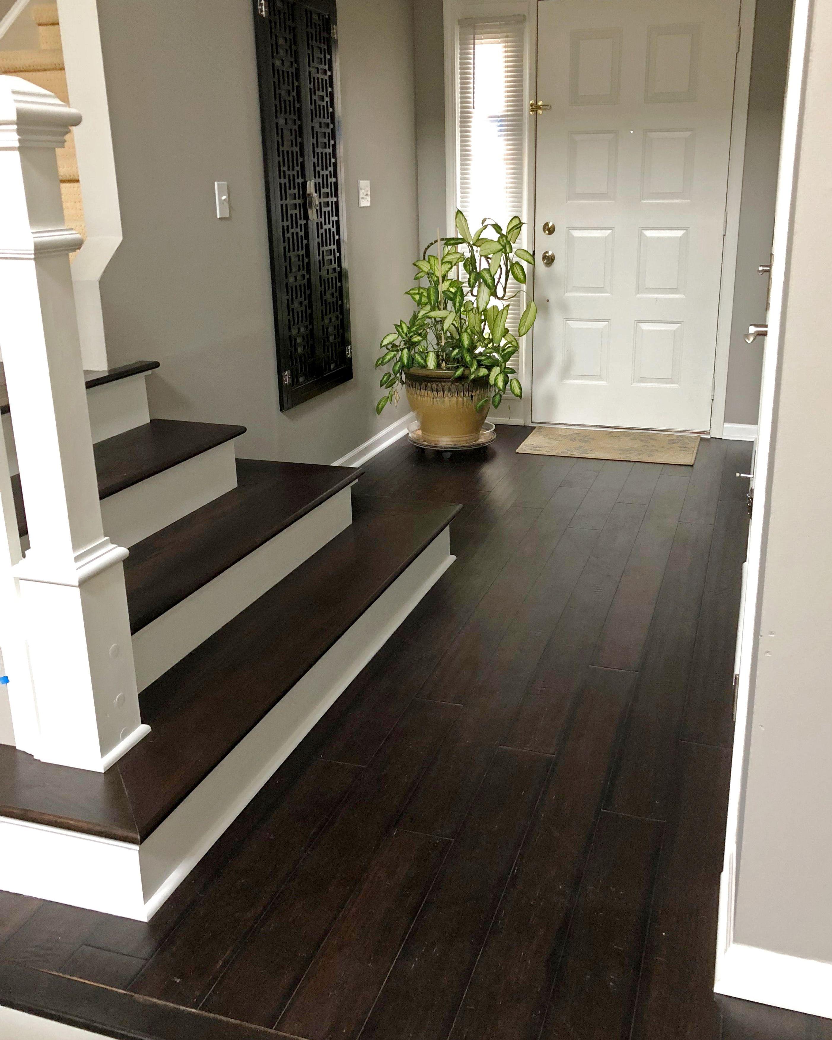 Best Red Oak Stair Tread In 2020 Stairs Oak Stairs 640 x 480