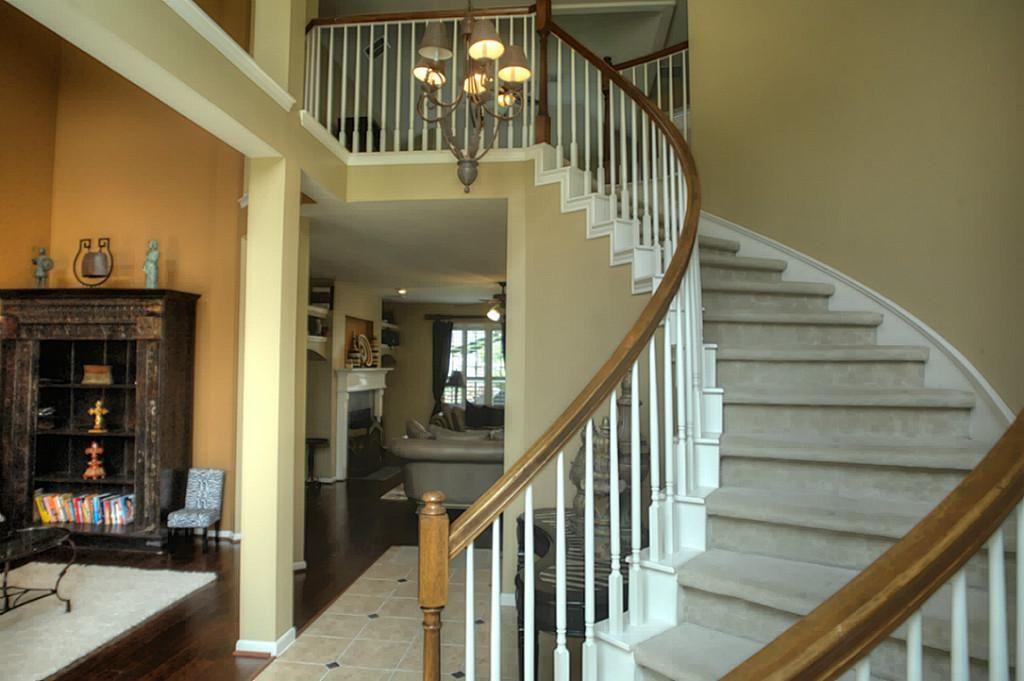 Best Carpet For Semi Circular Stairs Google Search 400 x 300
