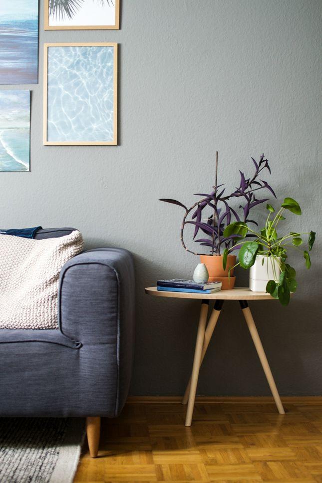 #KOLORAT #Wandfarbe #Wohnideen #interior #Grau #grey · Wandfarbe GrauNeue  WohnungWohnzimerWohnzimmer Ideen WohnräumeZimmerpflanzenArbeitsbereicheKatzeSüß