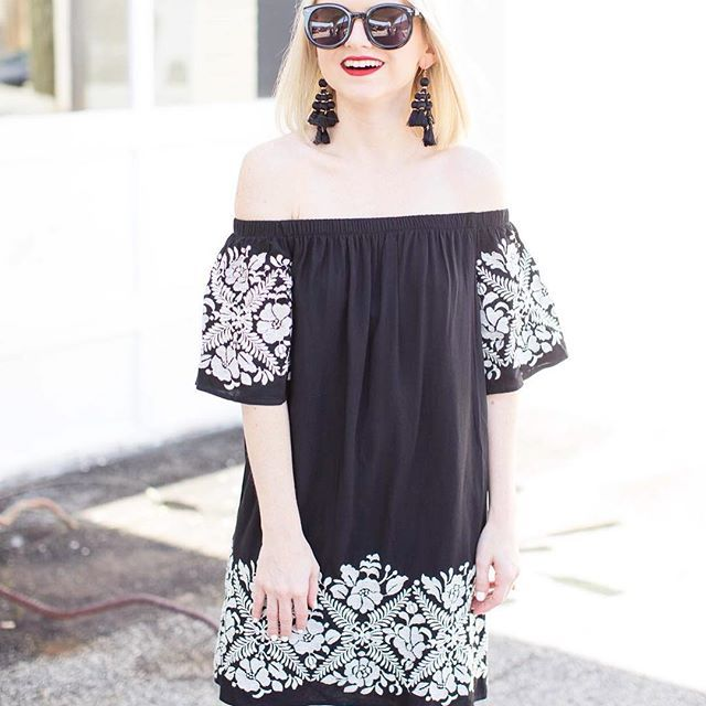 For only $55, this embroidered off the shoulder LBD is one of my favorites to break out for date night! Just throw on a bold red lip, statement earrings and high heels and I'm out the door! || Screenshot or 'like' this pic to shop the product details from the new LIKEtoKNOW.it app, available now from the App Store! || #LTKStyleTip #LTKUnder100 #poorlittleitgirl #nordstrom #datenight #petitestyle #liketkit || http://liketk.it/2radI @liketoknow.it || 📷 @sydney_bruton    #Regram via @poorlit