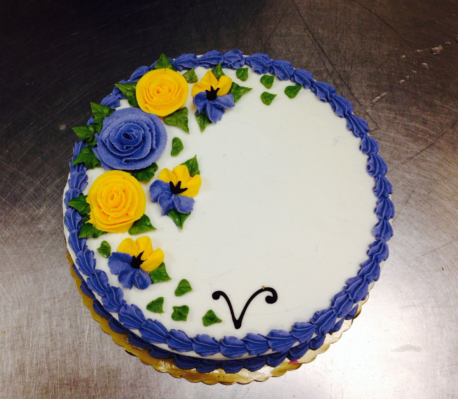 Vegan Vanilla Cake with flowers     made by Maggie Mae
