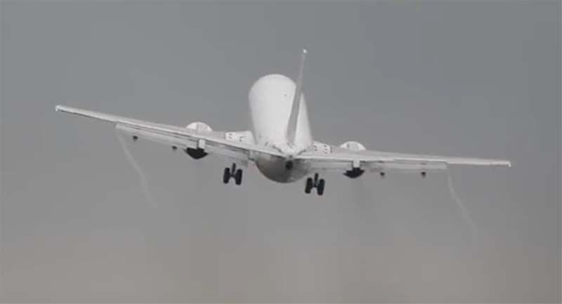Pilotos conseguem evitar tragédia na República Tcheca. Os pilotos hábeis da companhia aérea espanhola Air Horizont conseguiram evitar acidente aéreo...