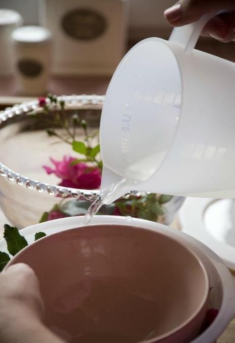 Нежные розы в ледяном плену. Ледяная розовая ваза - Ярмарка Мастеров - ручная работа, handmade