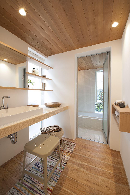 新築 注文住宅 戸建て 洗面室 バスルーム 浴室 風呂 木貼り天井 造作
