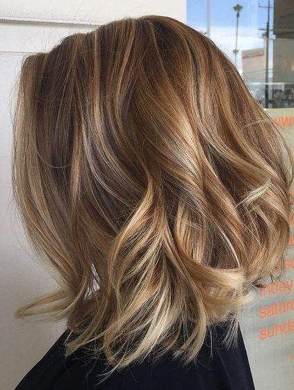 Blonde Lob With Highlightslow Lights Layered Wavy Hairstyles 2018