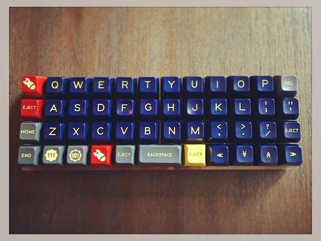 Danger Zone x Planck x OOkeys #mechanicalkeyboard #mechanicalkeyboards #keycaps…