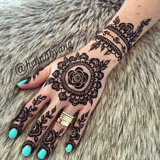 Henna Design Mehendi Mandala Art Mehendimandalaart Mehendimandala