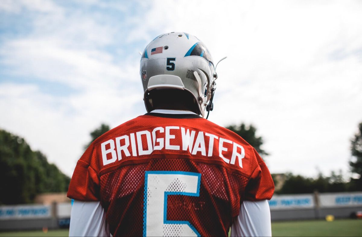 Teddy Bridgewater Is Working Hard At Carolina Panthers Training Camp In 2020 Carolina Panthers Nfl Today Teddy Bridgewater