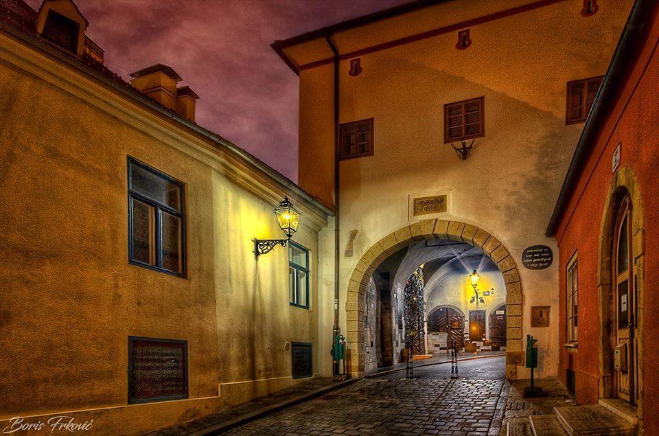 Stone Gate Zagreb Croatia Tours Zagreb Croatia Tourism