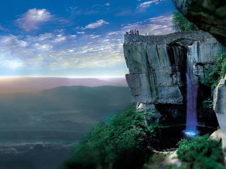 Rock city ruby falls tennessee places to visit