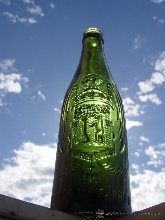 Compro Botellas De Vino Antiguas Antigua Botella Cerveza El Aguila 33cl Relieve Botellas