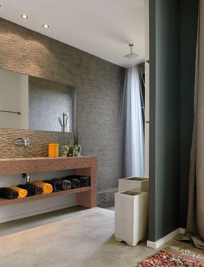 Repeindre carrelage salle de bain les 3 erreurs viter avec la peinture - Mur pour televisie ...