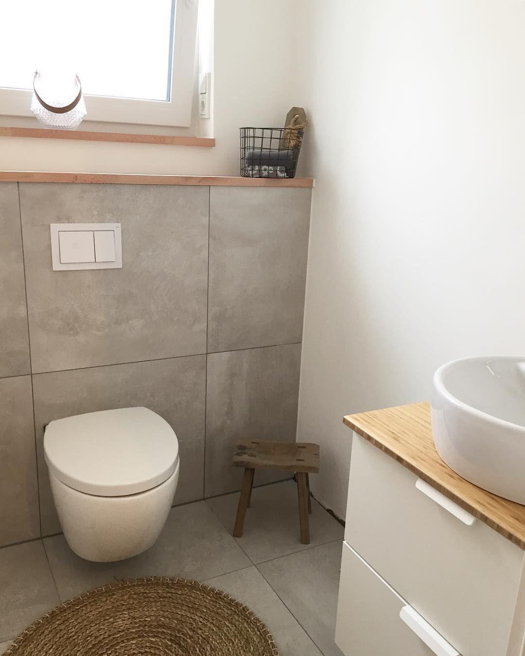 """@tasc85 on Instagram: """"Gäste-WC 😊🙋🏻. –  Wir schauen 📺 gleich #goodbyedeutschland 🇩🇪. Schaut ihr das eigentlich auch so gerne 🏝🗽🌍? #solebich #homeinspiration…"""""""