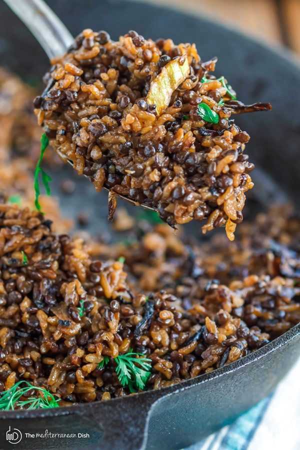 Mujadara: Lentils and Rice with Crispy Onions | The Mediterranean Dish