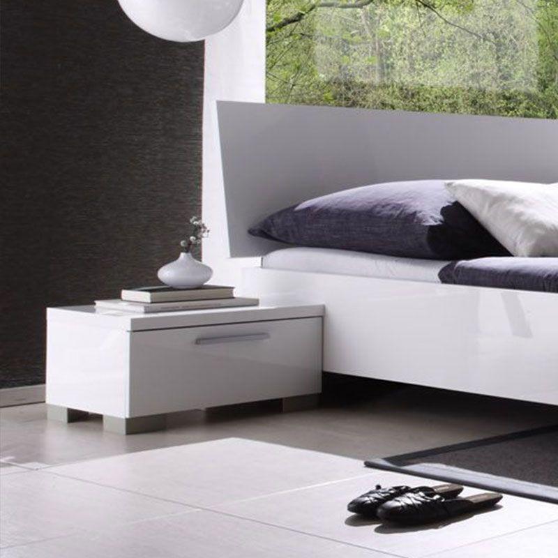 Table de chevet blanc laqué design MILLESIME | chambre parents ...