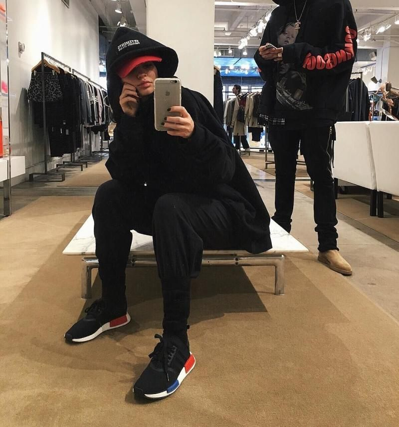 80d46f7c7c4 Kylie Jenner Wearing the adidas NMD | King Kylie Jenner | Kylie ...