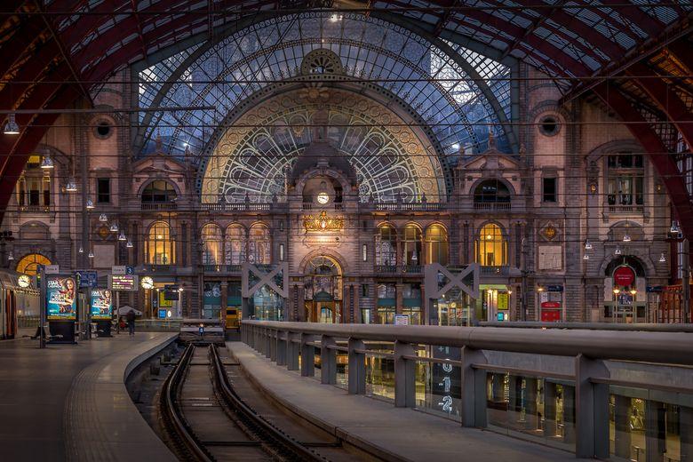 Antwerpen Centraal Station Antwerpen Centraal Station Trein Station