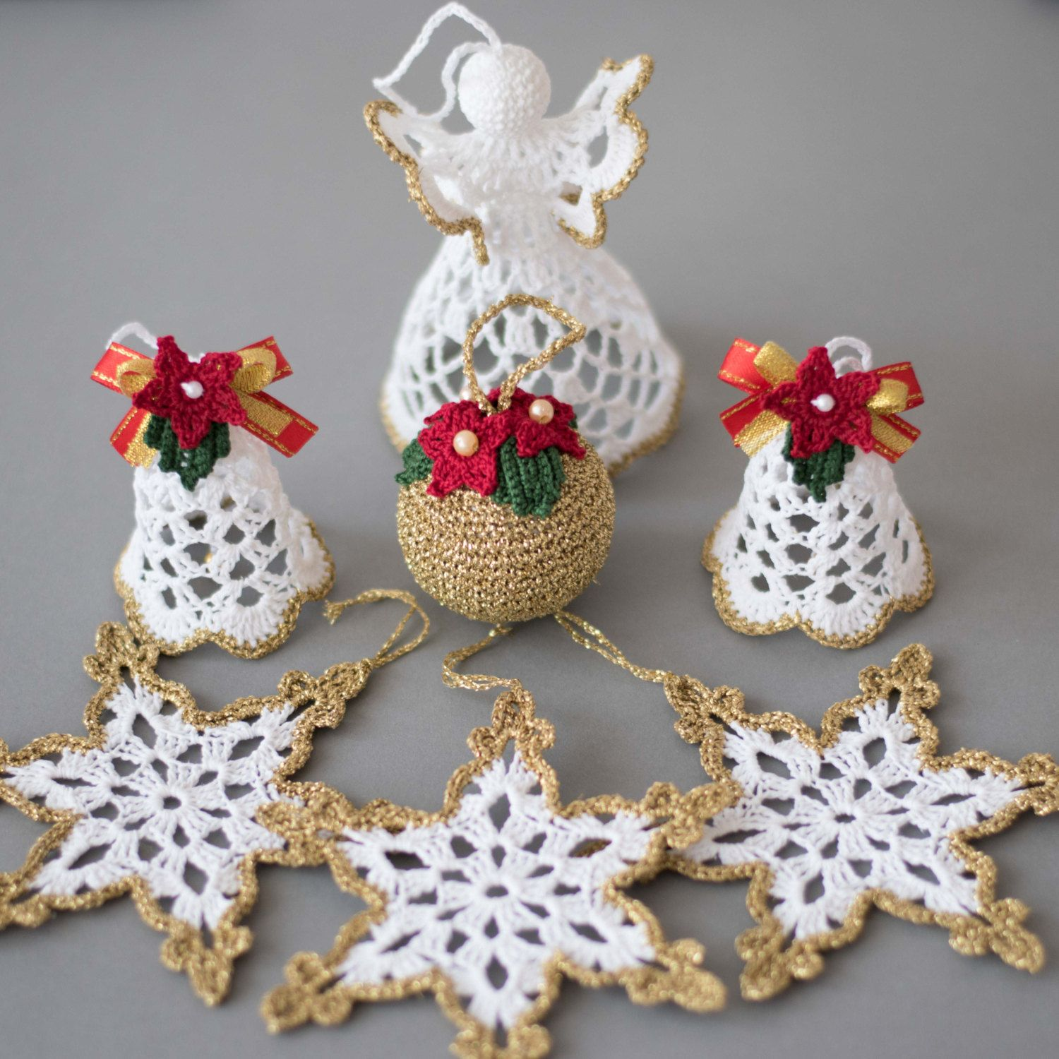 christmas ornaments crochet set of 6 white gold ornaments. Black Bedroom Furniture Sets. Home Design Ideas