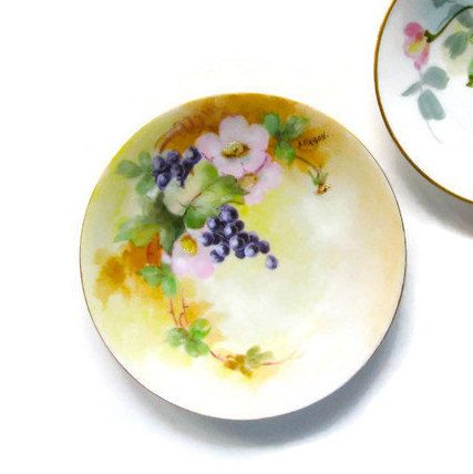 Vintage Buttercup decorative Plate with grape clusters unmarked ...