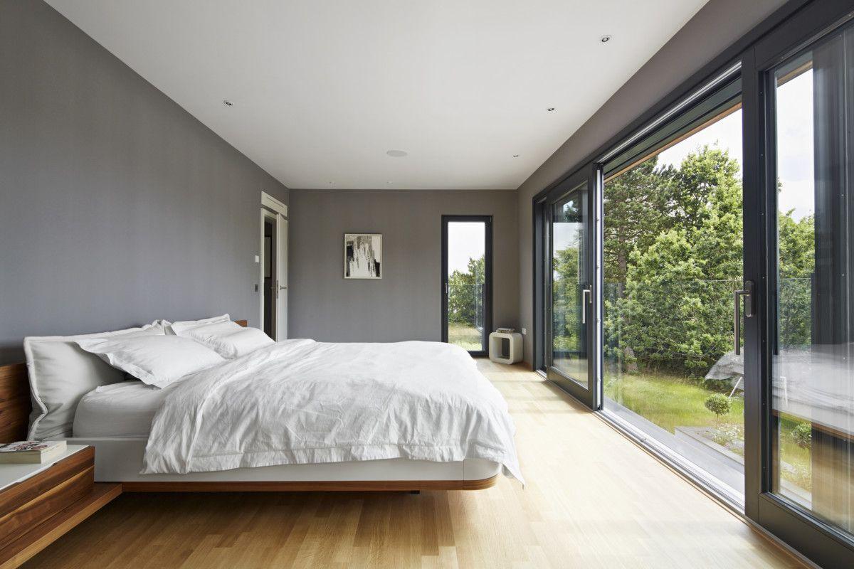 Schlafzimmer Ideen Wandfarbe Grau   Inneneinrichtung Design Haus Weald  House Baufritz   HausbauDirekt.de